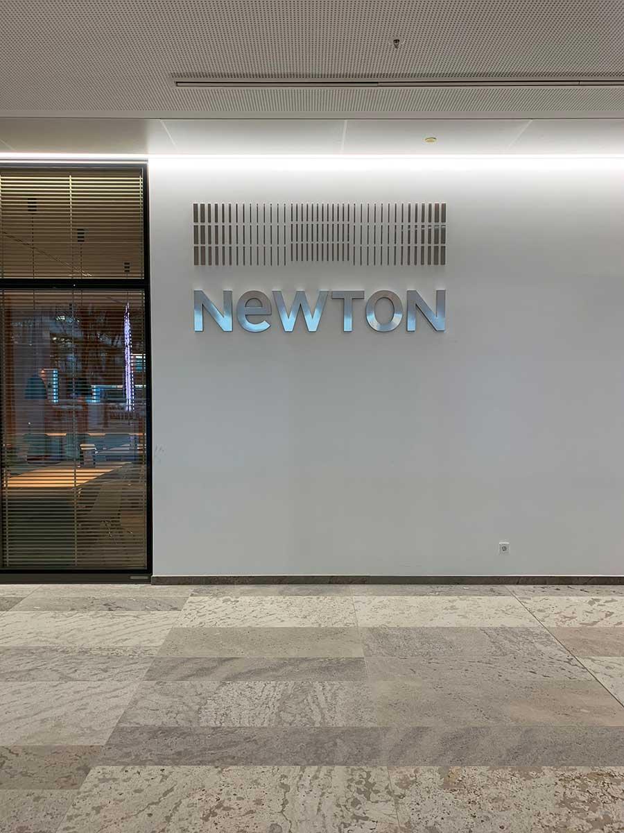 Newton-Logo-Tresen